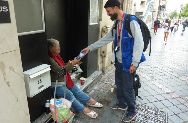 """Activatie van de """"Hitteplan voor dakloze personen"""" en verhoogde waakzaamheid voor de meest kwetsbaren"""