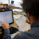 Sluiting van het opvangcentrum voor asielzoekers van Neder-Over-Hembeek : Samusocial verplicht om afscheid te nemen van 31 werknemers