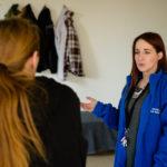 Ze vragen asiel in België en verblijven bij Samusocial. Levenstrajecten : Natasja.