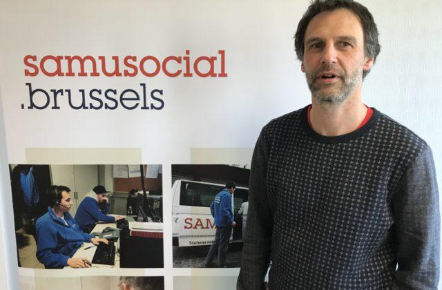 Il a 46 ans, il est père de 3 enfants. Cet humanitaire de longue date a repris les rênes du Samusocial le 11 mars 2019. Rencontre avec Sébastien Roy.