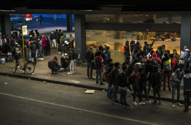 148 personen van het Noordstation vanaf deze donderdag avond opgevangen door Samusocial, la Croix-Rouge en het Burgerplatform.