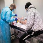 Comment les services médicaux du Samusocial gèrent-ils le suivi des soins de santé de leurs patients ?